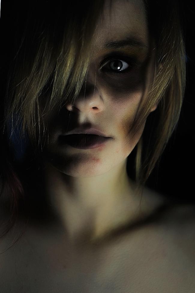 Alexa Karii - Decay