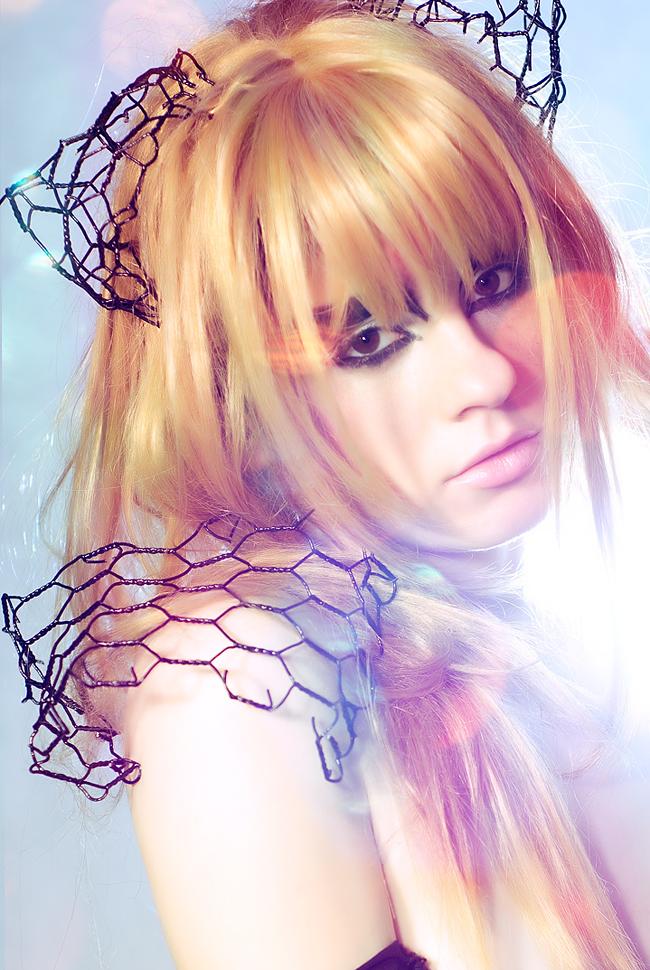 Alexa Karii - Wire Wire