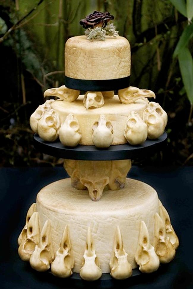 Halloween Cake - Conjurer's Kitchen