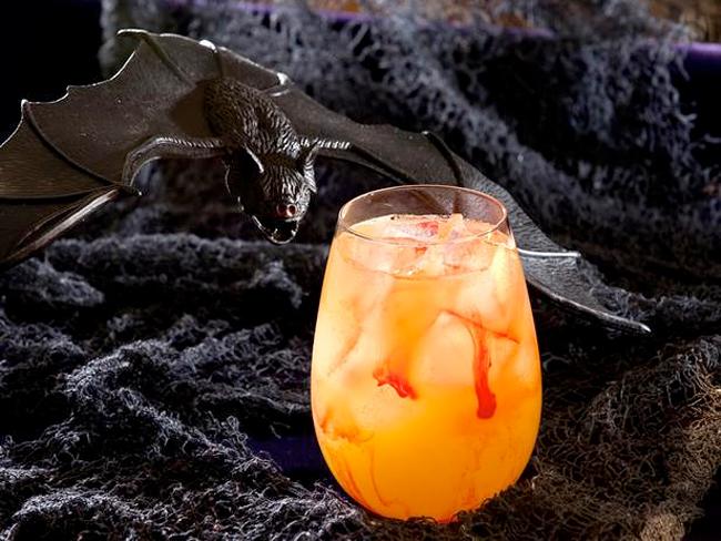 Halloween Cocktail - The Blood Sucker