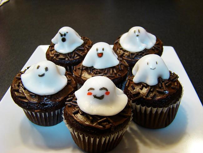 Halloween Cupcakes - Ramosaurus