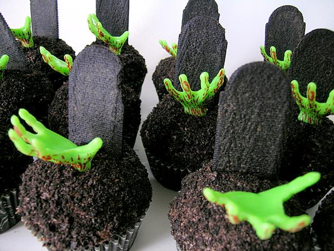 Halloween Cupcakes - Sweetest Kitchen