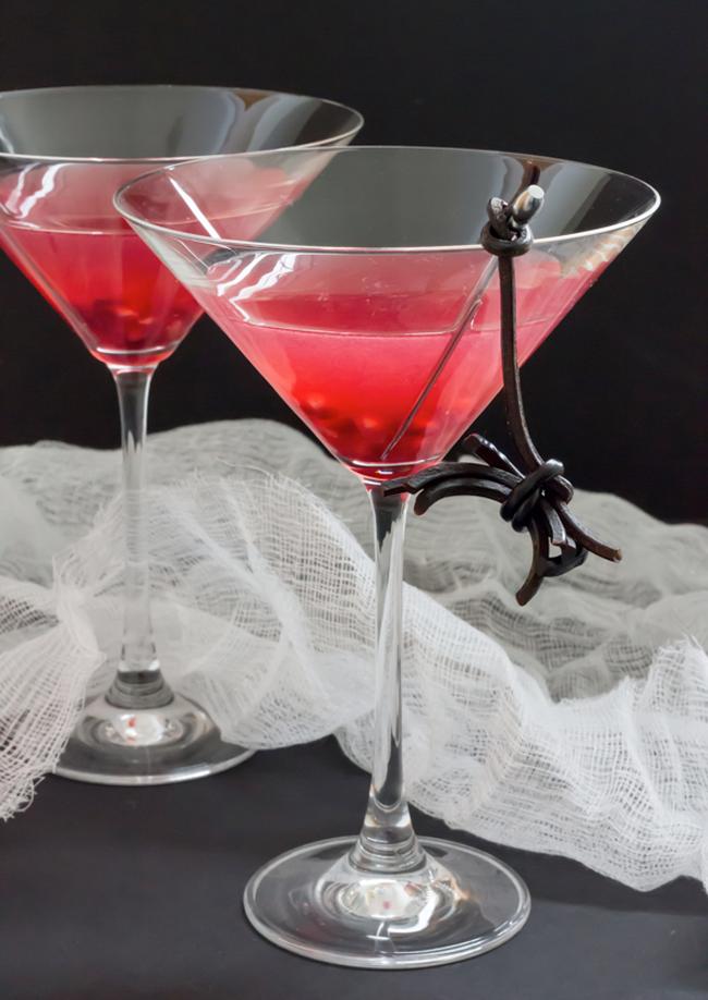 Halloween Cocktail - Spooky Pomegranate Martini