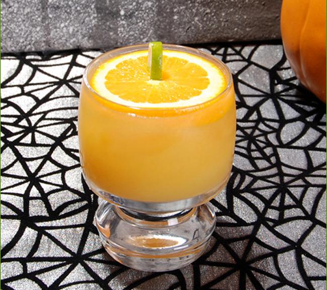 Halloween Cocktail - The Jack-o'-Lantern