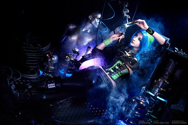 Sina Domino Collins - Neon Universe