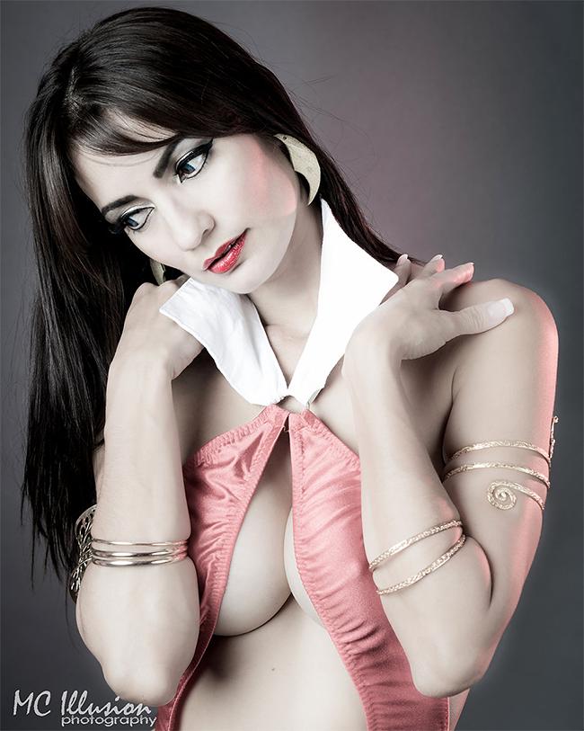 Vampirella - Ivy Cosplay