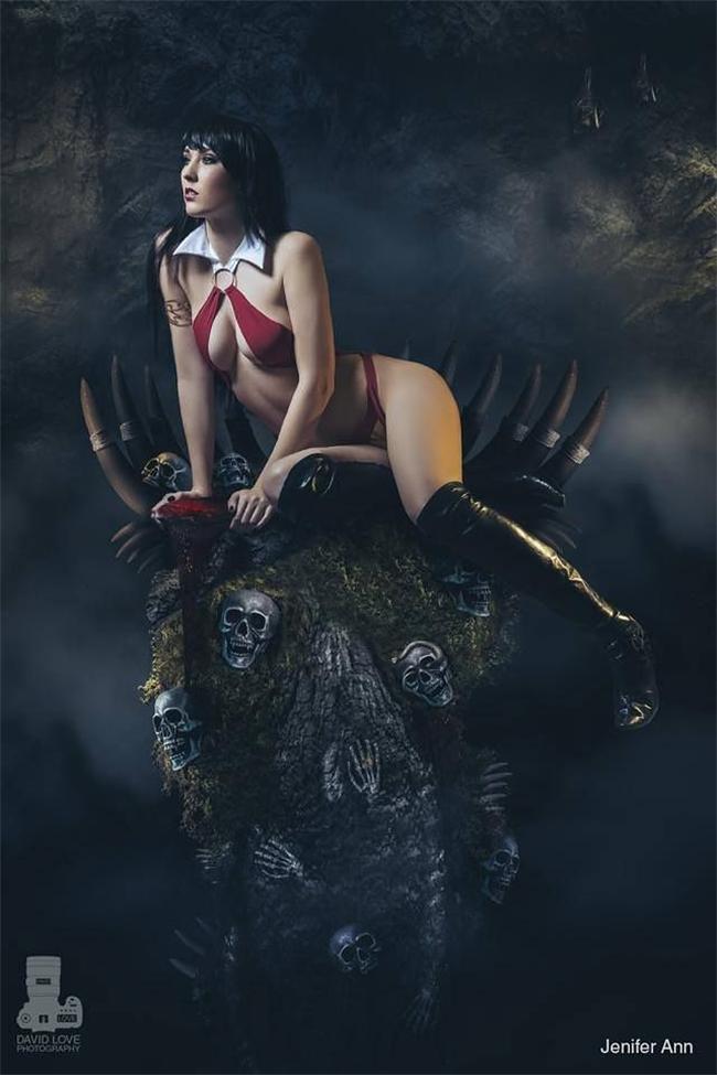 Vampirella - Jenifer Ann