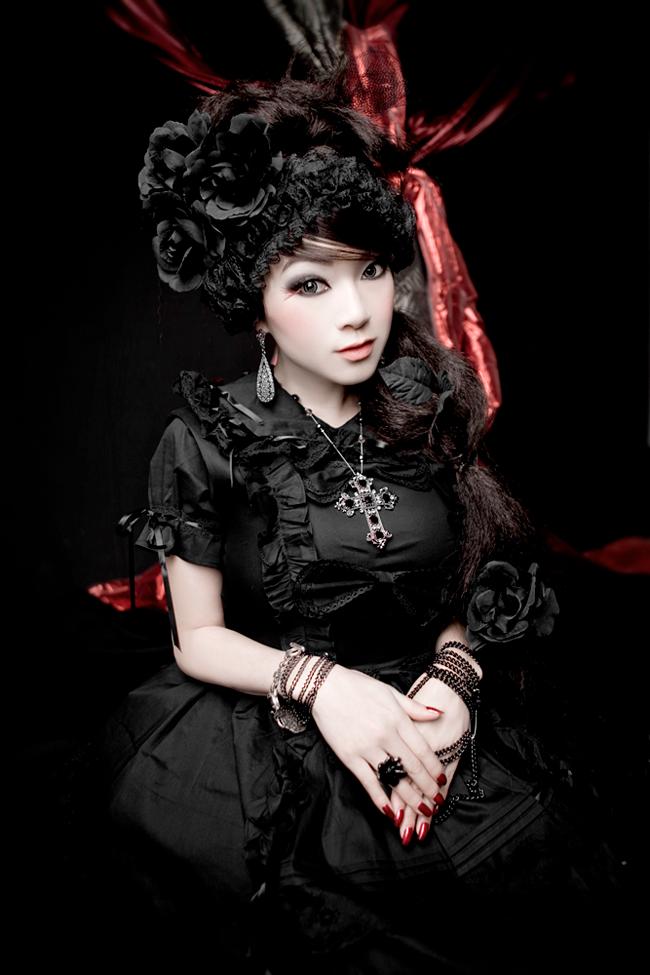 Vampy Linda Le - Lolita