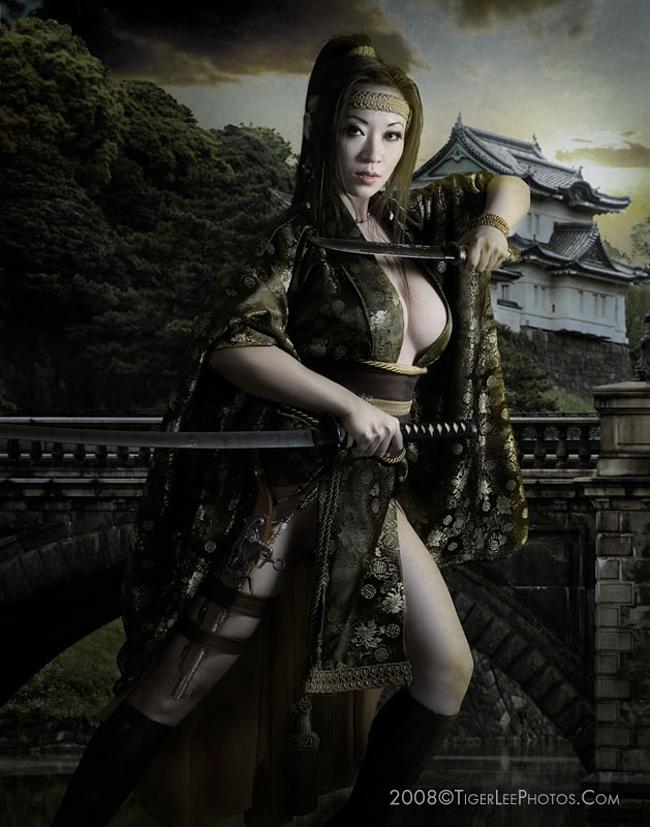 Yaya Han - Kimono Dangerous
