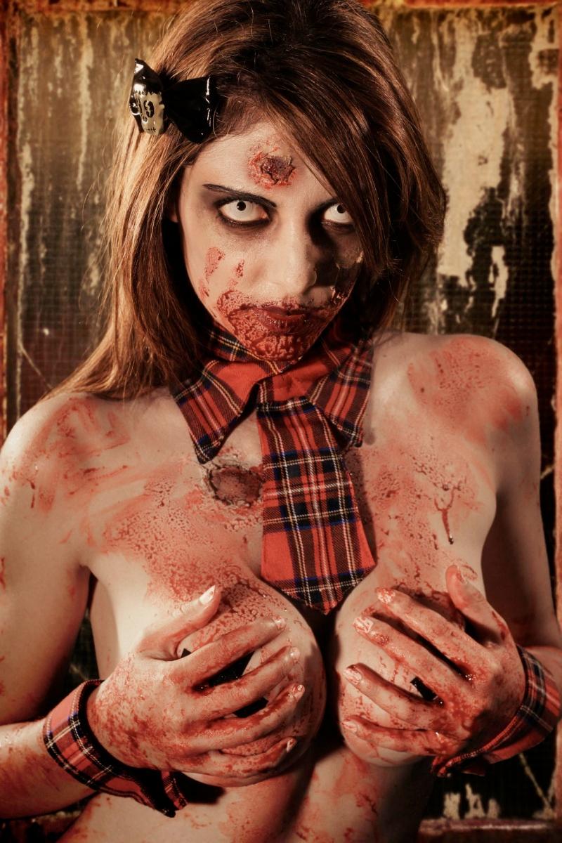 Zombie Tramp - Jenna Drouin
